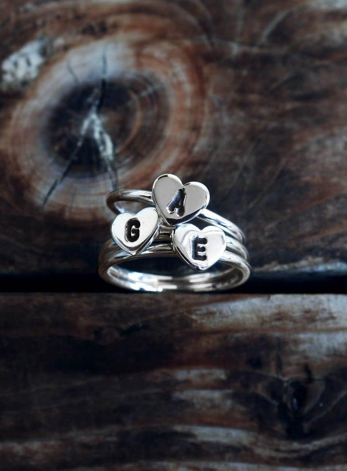 anello cuore inciso in argento 925